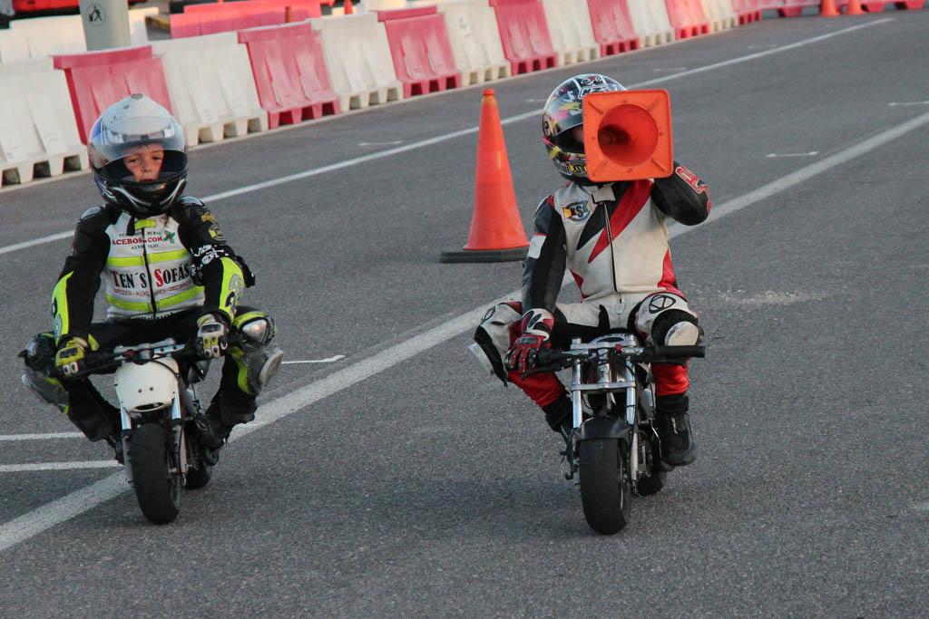 Galería: Entrenamientos de los alumnos y stunt con los conos :-)