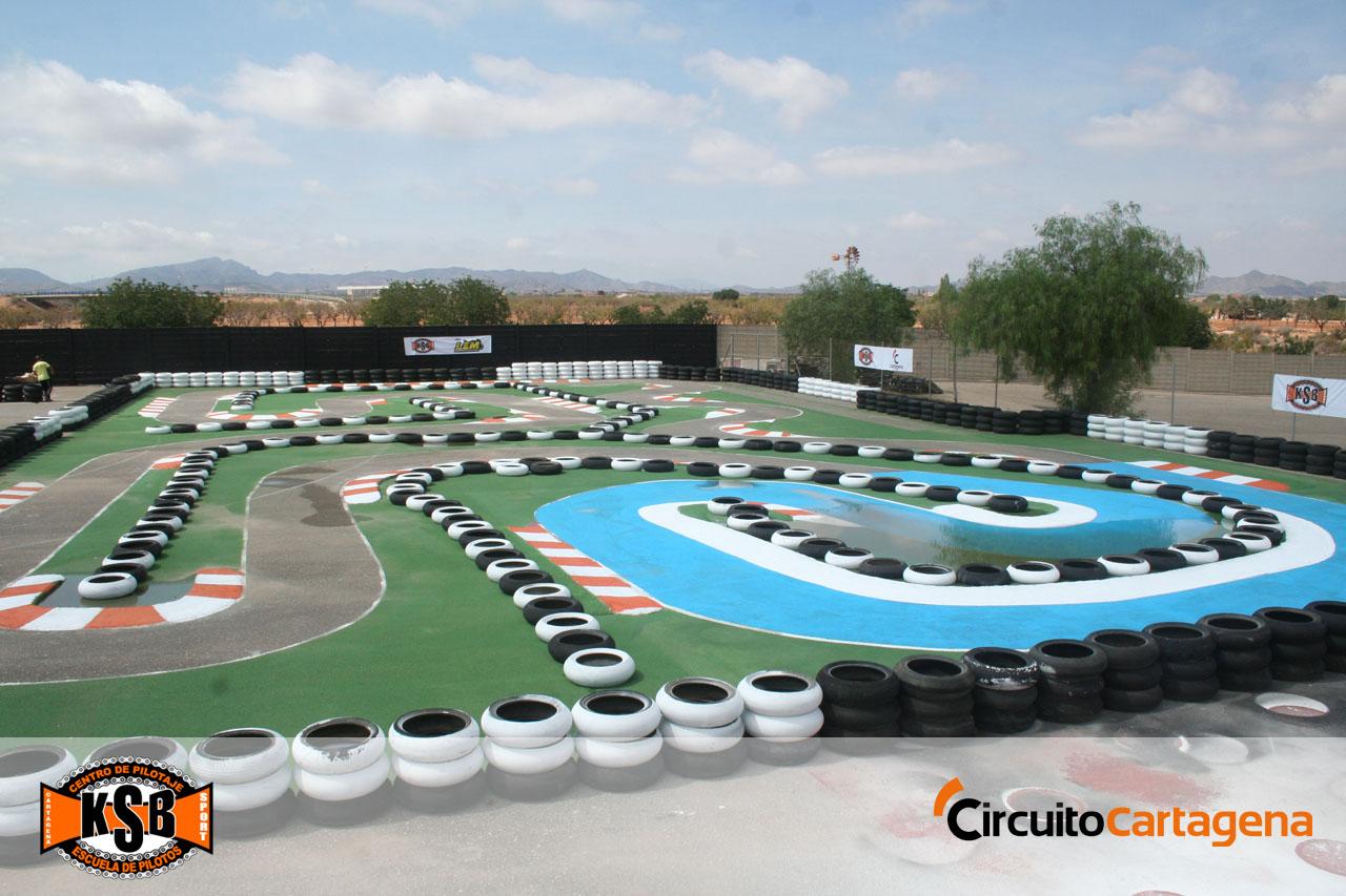 La escuela de pilotos KSB Sport inaugura un centro de pilotaje en el Circuito de Cartagena